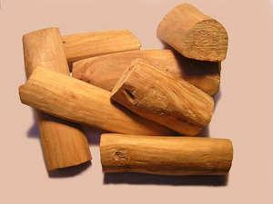 Сандал,  древесина